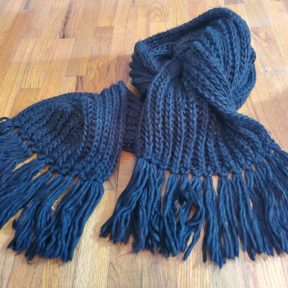 Oversized American Apparel Knit Black Scarf